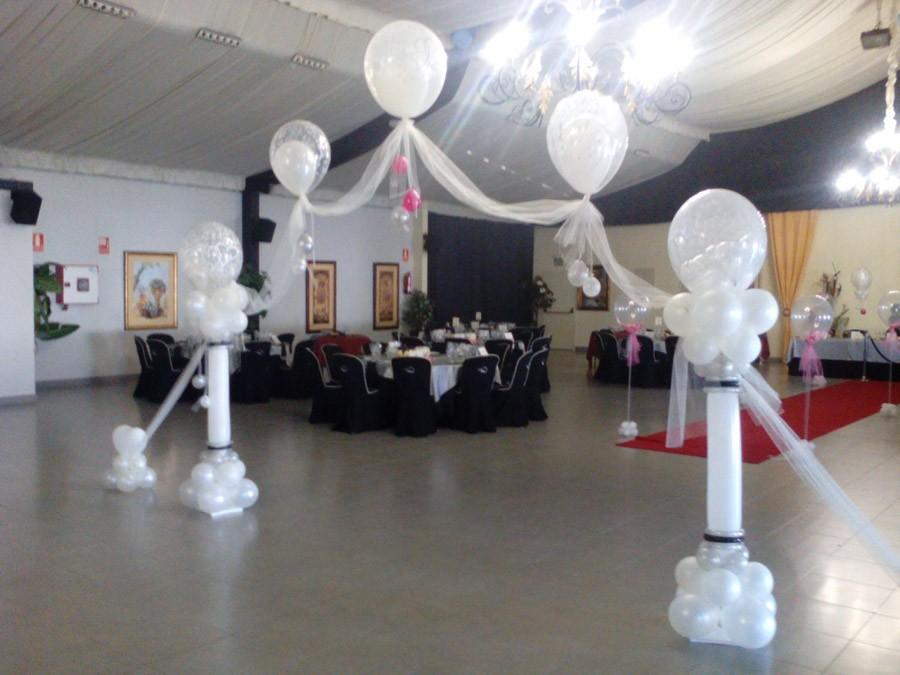 Bodas de plata decoracion con globos for Adornos para salon