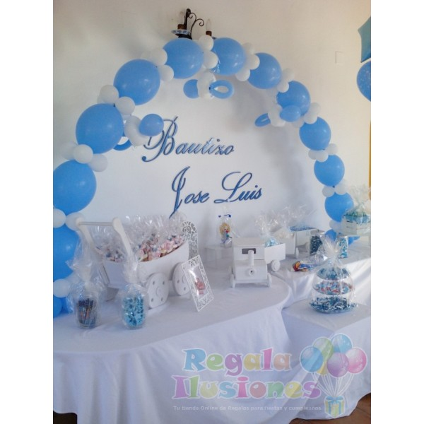 Decoraci n bautizo ni o con globos y mesa candy regala for Decoraciones para bautizos bautizo decoracion