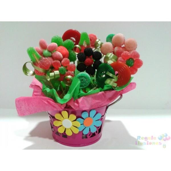 Maceta con flores de chuches macetas de flores de - Macetas de chuches ...